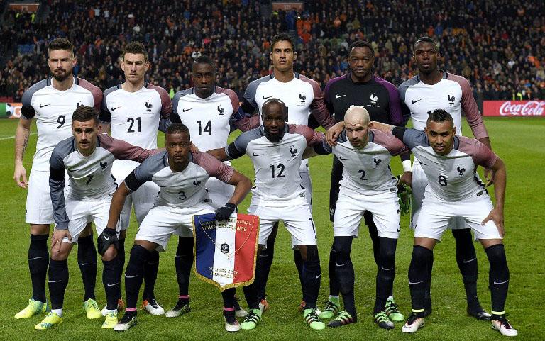 Die französische Nationalmannschaft gegen die Niederlande am 25.März 2016. AFP PHOTO / FRANCK FIFE