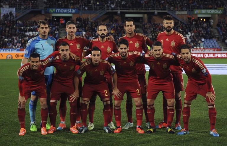 Die spanische Fußballnationalmannschaft gtegen Weißrussland am 15.November2014. AFP PHOTO / CRISTINA QUICLER