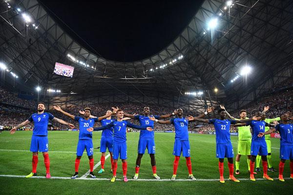 Frankreich gewinnt mit 2:0 gegen Deutschland im EM-Halbfinale. Nun geht es im Finale am Sonntag gegen Portugal. / AFP PHOTO / FRANCK FIFE